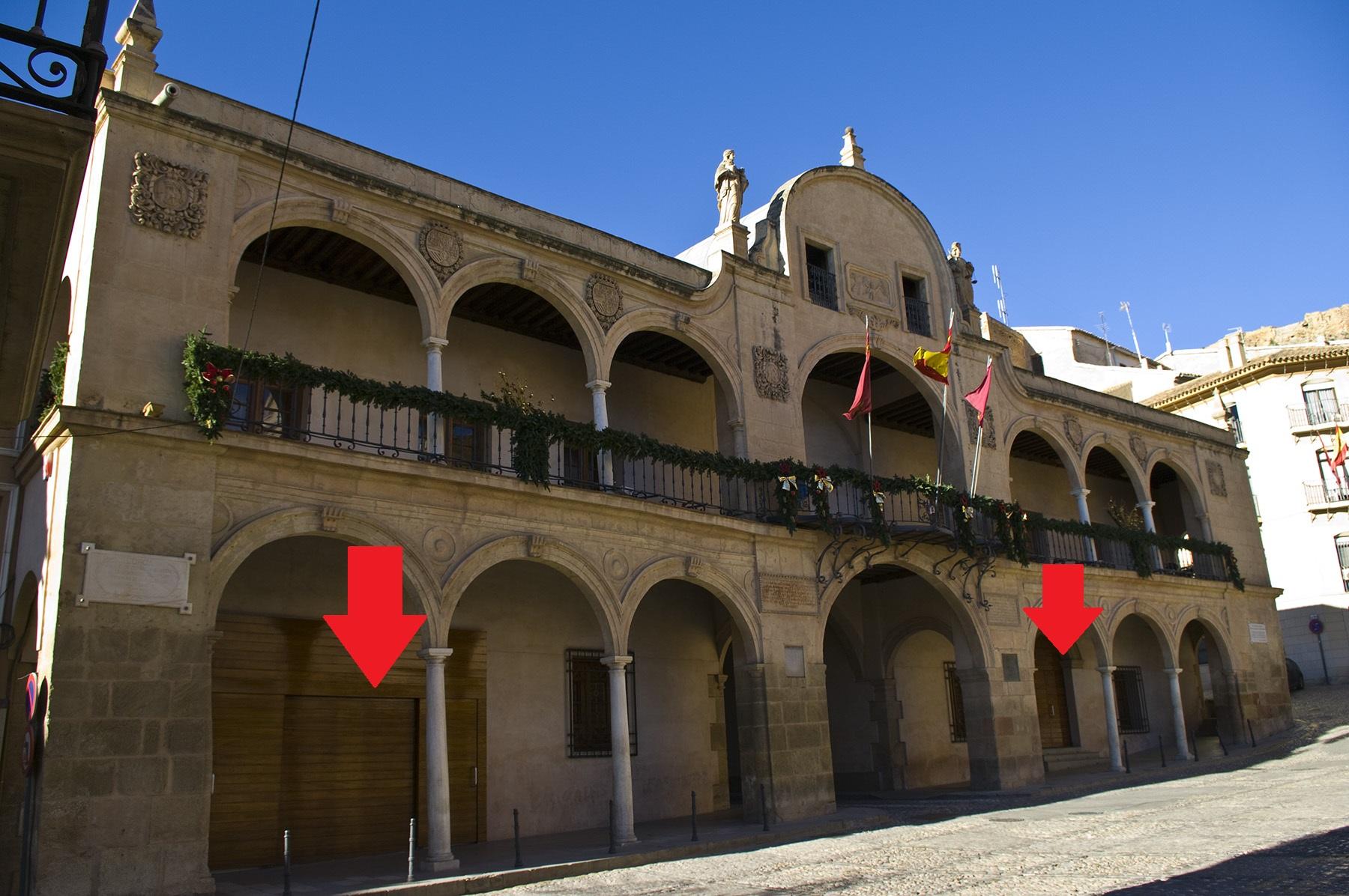 Entrada al edificio Ayuntamiento Lorca